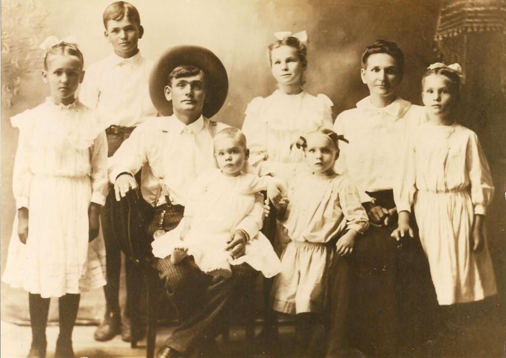 Nana (far right) and her family
