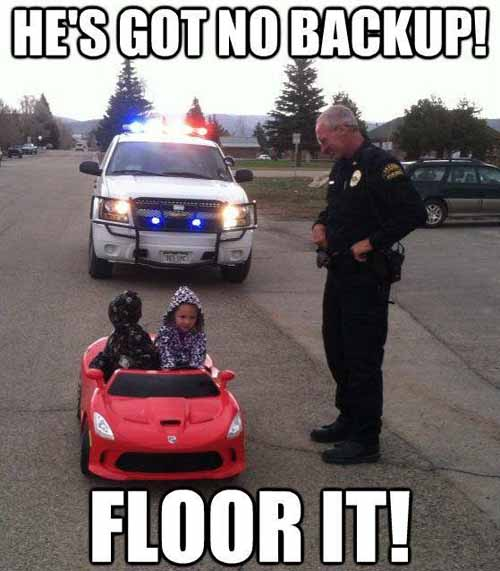 police-officer-pulls-over-a-kids-car